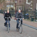 Amsterdam: sociable cycling, street ballet… and parking problems